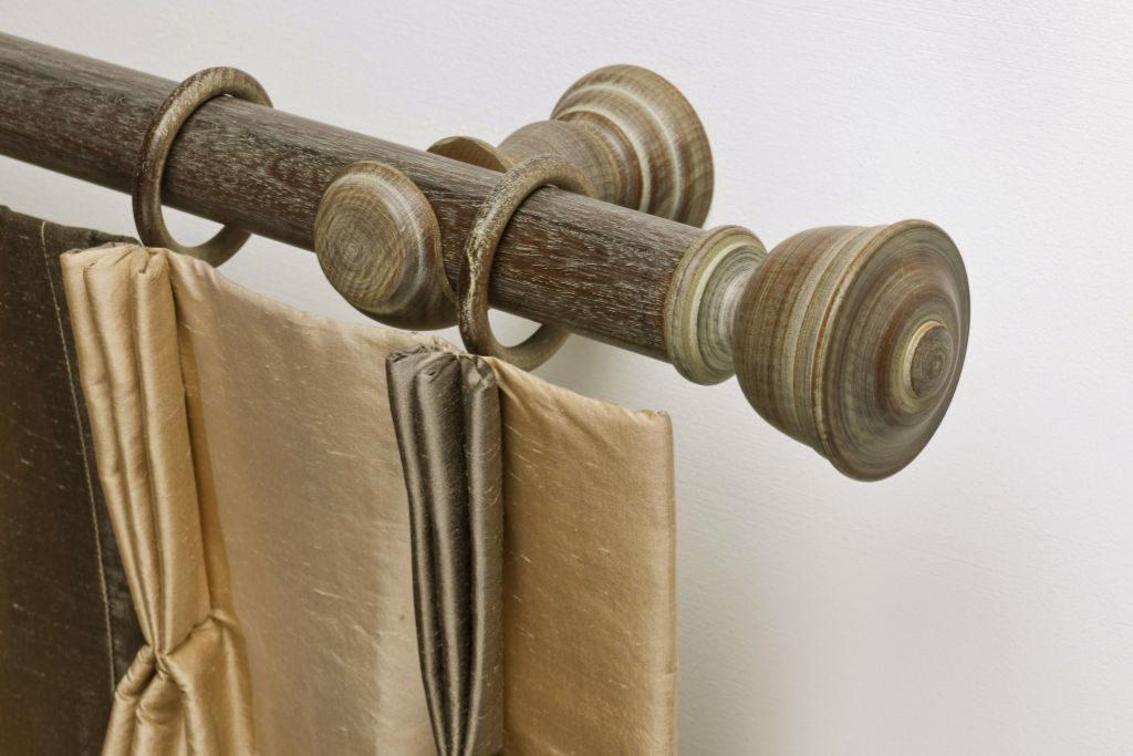 Rails_Stores020_houten-roede-ringen_eindkap-vlak_donker_rail-bois-anneaux_097a