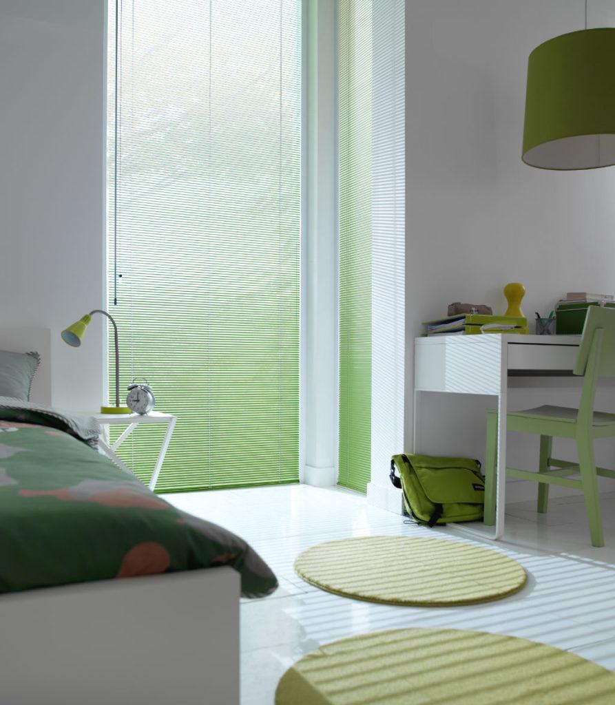 Veni_Stores030_ALU_Lamellen-horizontaal_Store-vénitien_horizontal-blinds-slats_25mm_groen-slaapkamer