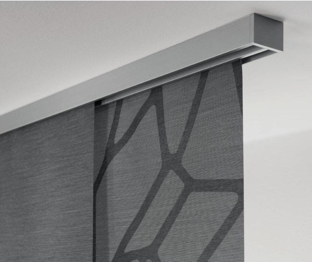 Panels_Stores072_Paneelgordijnen_panneaux-Japonnais_Panel-track_flaechenvorhang_sierrail-detail-2sporen